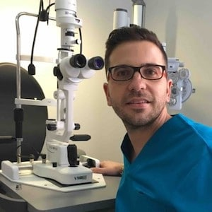 Antonio Verdejo Rey - Control de Miopía y contactología