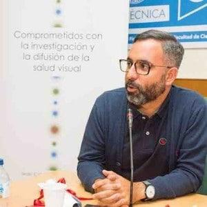 Fernando Sánchez - Baja Visión y contactología
