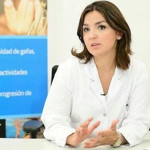 Orto K y Control de miopía Laura Batres